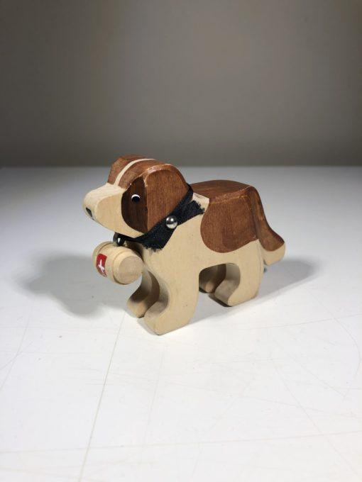 Holz-Hund Barry von Trauffer